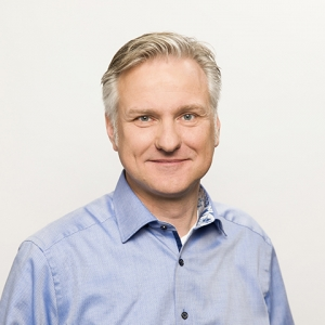 Dr. Stefan Schwenzer